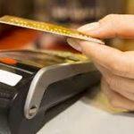 Image paiment TPE par carte bleue pour appuyer le but de notre article qui est de montrer la digitalisation dans la restauration